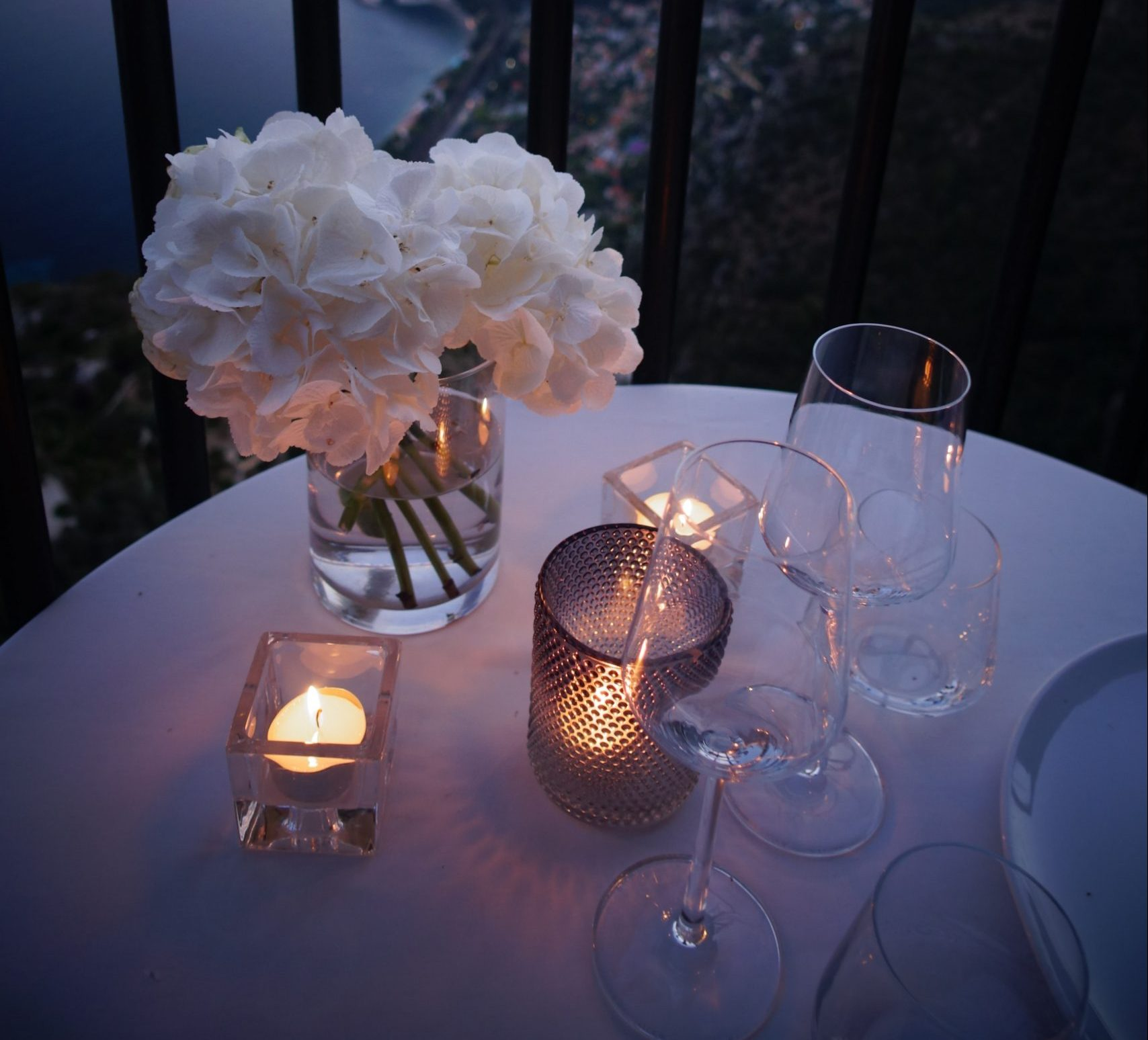 You are currently viewing At-Home Date Night Ideas Under Lockdown
